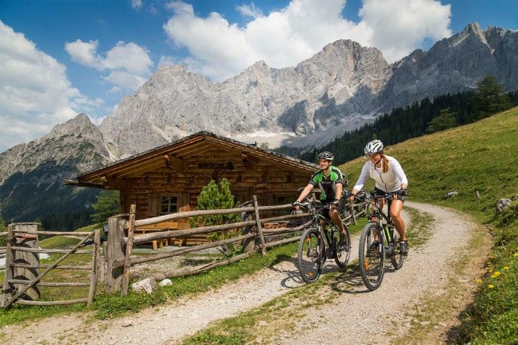E-biken - Sommerurlaub in der Region Schladming-Dachstein