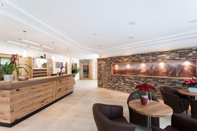 Hotelrezeption im Hotel Zirngast, Schladming